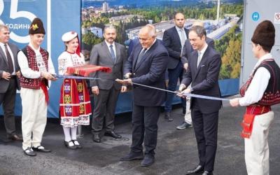 Ideal Standard inaugura su modernizada fábrica de grifería en Sevlievo, Bulgaria.