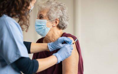 Si tienes 68 años o más, puedes pedir cita para vacunarte contra el Covid-19